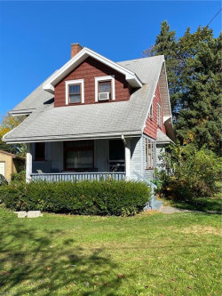 Photo of 2310 Mount Vernon Ave, Youngstown, OH 44502 (MLS # 4242556)