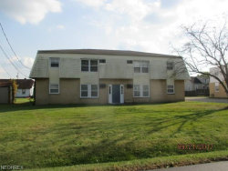 Photo of 929 Cook Ave, Unit 1, Youngstown, OH 44512 (MLS # 4010153)