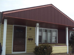 Photo of 850 East Dewey Ave, Youngstown, OH 44502 (MLS # 4015693)