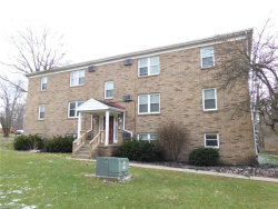 Photo of 5008 West Blvd, Unit 102, Youngstown, OH 44512 (MLS # 4061221)