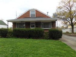 Photo of 917 East Philadelphia Ave, Youngstown, OH 44502 (MLS # 4079374)
