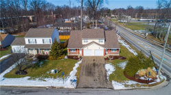 Photo of 4780 Shadow Oak Dr, Austintown, OH 44515 (MLS # 3972847)
