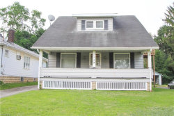 Photo of 1549 Wakefield Ave, Youngstown, OH 44514 (MLS # 4014382)