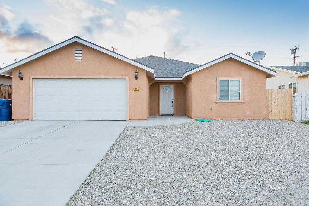 Photo for 1625 Sims ST, Ridgecrest, CA 93555 (MLS # 1956740)