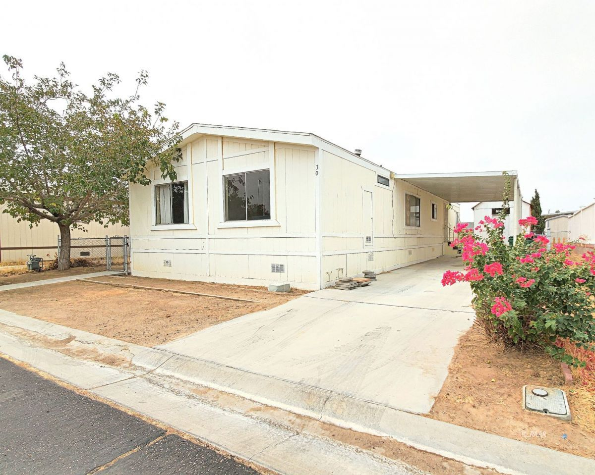 Photo for 620 W Upjohn AVE Unit # 30, Ridgecrest, CA 93555 (MLS # 1957547)