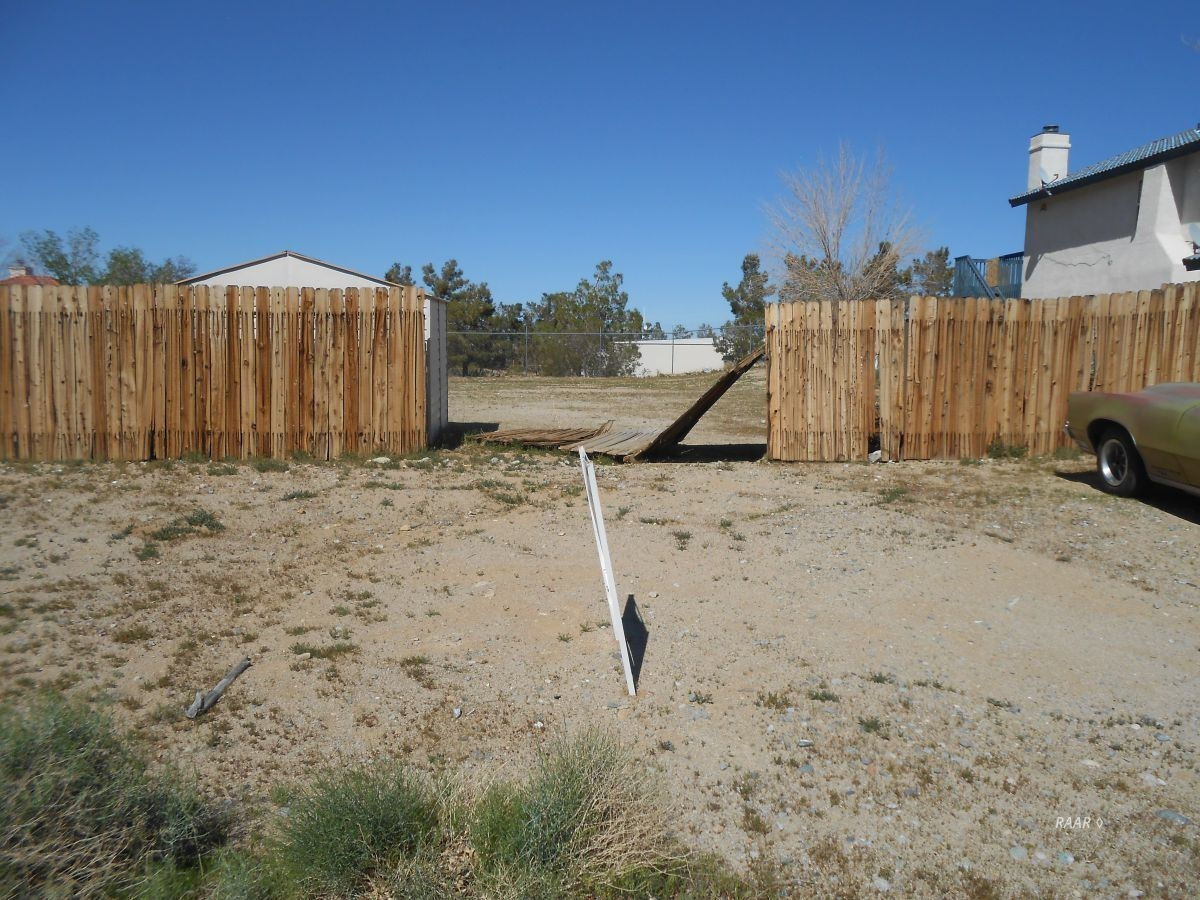 Photo for Paseo Airosa AVE, Ridgecrest, CA 93555 (MLS # 1956704)