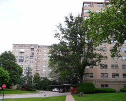Photo of 1030 E Lancaster Ave #223, Bryn Mawr, PA 19010 (MLS # 7007930)