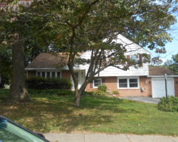 Photo of 949 Edwards Dr, Springfield, PA 19064 (MLS # 7067370)