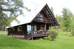 Photo of 2202 Highland Road, Donnelly, ID 83615 (MLS # 525473)