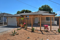 Photo of 944 10th AVE, REDWOOD CITY, CA 94063 (MLS # 81667631)