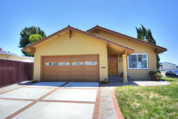 Photo of 98 Lonetree CT, MILPITAS, CA 95035 (MLS # 81656457)