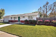Photo of 1664 Maywood AVE, MANTECA, CA 95336 (MLS # 81670772)