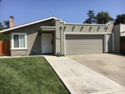 Photo of 237 Carlyle CT, GILROY, CA 95020 (MLS # 81673935)