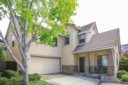 Photo of 121 Chetwood DR, MOUNTAIN VIEW, CA 94043 (MLS # 81674389)