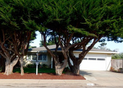 Photo of 335 Virginia AVE, MOSS BEACH, CA 94038 (MLS # 81674697)