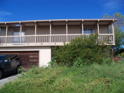 Photo of 1017 E Dwight AVE, HALF MOON BAY, CA 94019 (MLS # 81674770)