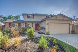 Photo of 2560 Oak Park LN, CAMPBELL, CA 95008 (MLS # ML81679028)