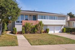 Photo of 1116 Oakwood DR, MILLBRAE, CA 94030 (MLS # ML81681223)