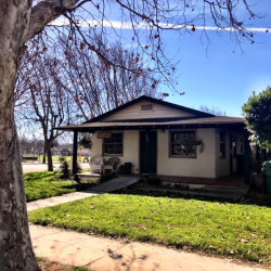 Photo of 222 S Russ ST, KING CITY, CA 93930 (MLS # ML81691028)