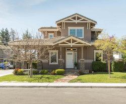 Photo of 284 Monroe DR, MOUNTAIN VIEW, CA 94040 (MLS # ML81701310)