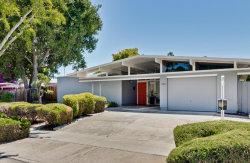 Photo of 826 Dartshire WAY, SUNNYVALE, CA 94087 (MLS # ML81711126)
