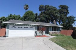 Photo of 104 Lime Blossom CT, SAN JOSE, CA 95123 (MLS # ML81715207)