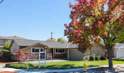 Photo of 10380 Oakville AVE, CUPERTINO, CA 95014 (MLS # ML81723004)