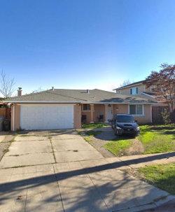 Photo of 1372 Woodman CT, SAN JOSE, CA 95121 (MLS # ML81728065)