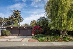 Photo of 1949 Edgewood DR, PALO ALTO, CA 94303 (MLS # ML81728957)