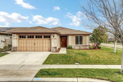 Photo of 2318 Acorn Meadows LN, MANTECA, CA 95336 (MLS # ML81735043)