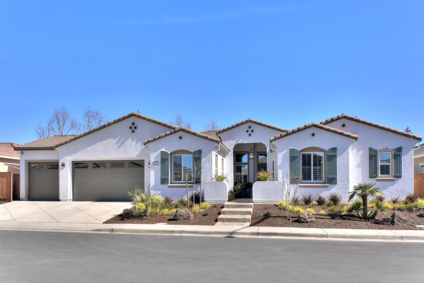 Photo for 7852 Cinnamon WAY, GILROY, CA 95020 (MLS # ML81745163)