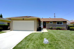 Photo of 471 Redwood AVE, MILPITAS, CA 95035 (MLS # ML81759331)