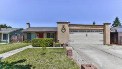 Photo of 2425 Fallingtree DR, SAN JOSE, CA 95131 (MLS # ML81760881)
