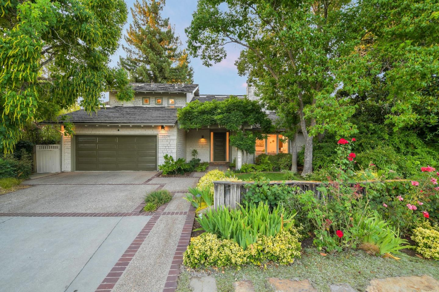 Photo for 1036 Marilyn DR, MOUNTAIN VIEW, CA 94040 (MLS # ML81764706)