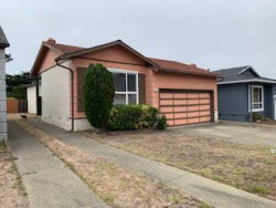 Photo of 124 Paradise DR, PACIFICA, CA 94044 (MLS # ML81768010)