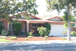 Photo of 5807 Blossom AVE, SAN JOSE, CA 95123 (MLS # ML81768278)