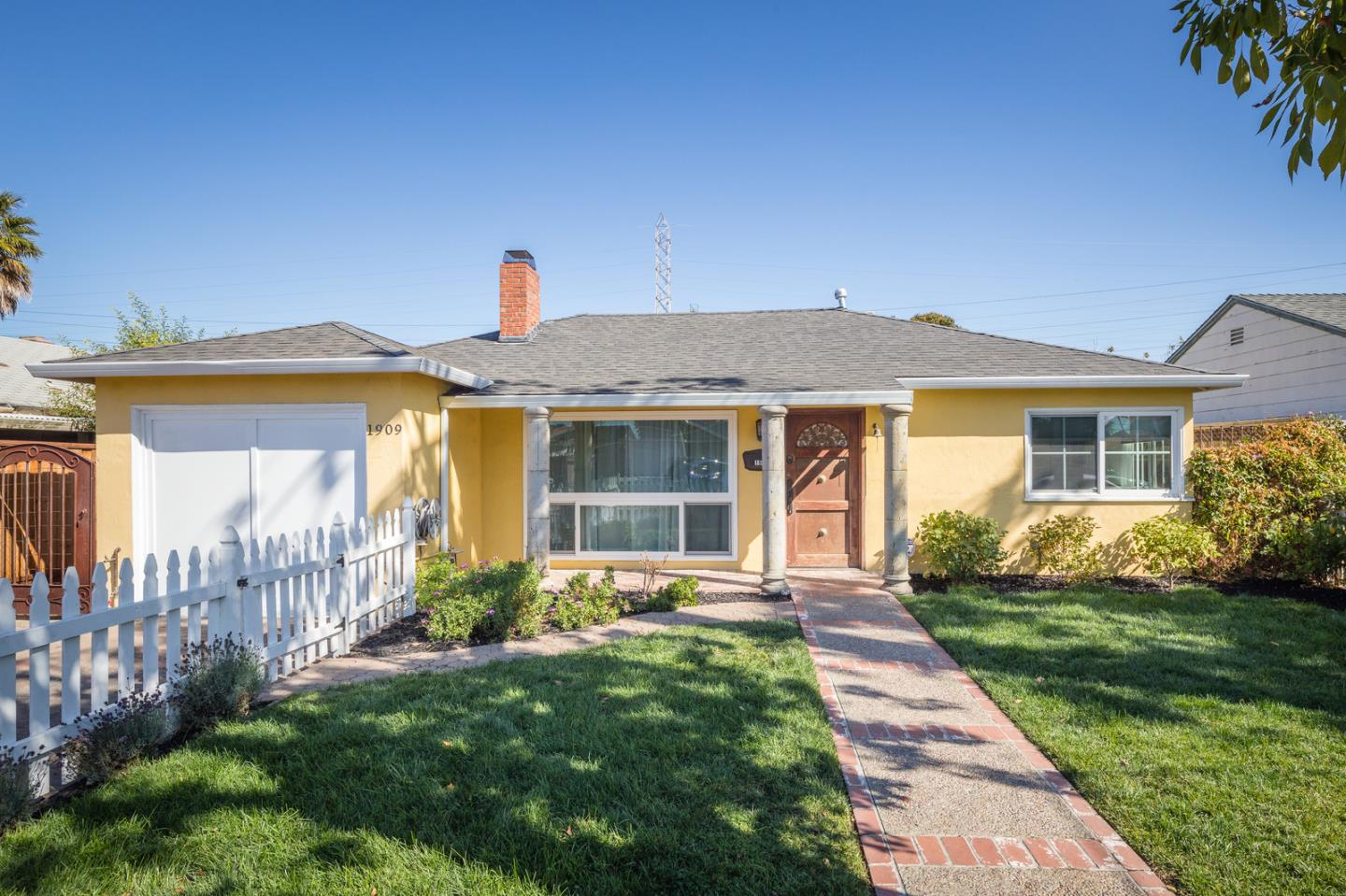 Photo for 1909 Shoreview AVE, SAN MATEO, CA 94401 (MLS # ML81771256)