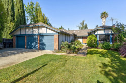 Photo of 277 Apricot LN, MOUNTAIN VIEW, CA 94040 (MLS # ML81796505)