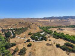 Photo of 2751 Thomas RD, HOLLISTER, CA 95023 (MLS # ML81804372)