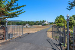 Photo of 909 Linda Vista ST, MOSS BEACH, CA 94038 (MLS # ML81804408)