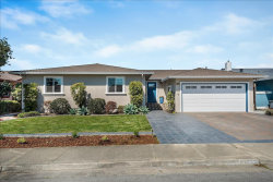 Photo of 404 Casa Del Mar DR, HALF MOON BAY, CA 94019 (MLS # ML81812366)
