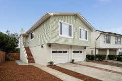 Photo of 8 Moon Gate CT, PACIFICA, CA 94044 (MLS # ML81813644)