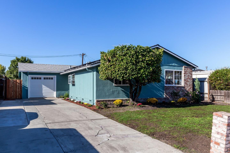Photo for 1315 Woodale CT, SAN JOSE, CA 95127 (MLS # ML81817967)