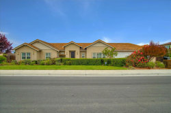 Photo of 224 Rosebud LN, HOLLISTER, CA 95023 (MLS # ML81821339)