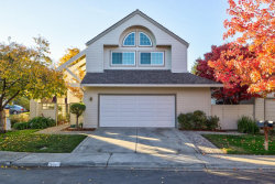 Photo of 713 Tiana LN, MOUNTAIN VIEW, CA 94041 (MLS # ML81821416)
