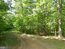 Photo of 14 Passin Wind HOLLOW, Springfield, WV 26763 (MLS # 1001894160)