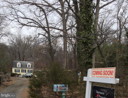 Photo of 7150 Telegraph ROAD, Alexandria, VA 22315 (MLS # VAFX853126)