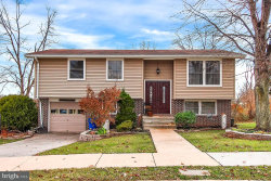 Photo of 226 Maplewood DRIVE, Dover, PA 17315 (MLS # 1000096930)