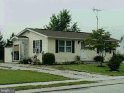Photo of 30 Spruce LANE, New Oxford, PA 17350 (MLS # 1000099166)