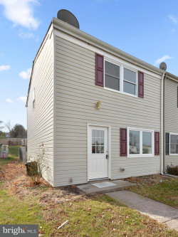 Photo of 538 Daisy DRIVE, Taneytown, MD 21787 (MLS # 1000163856)